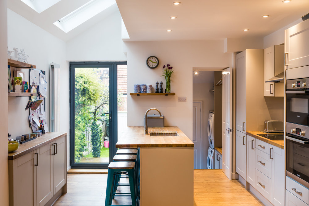 Modern Kitchen Fitted by David Strudwick
